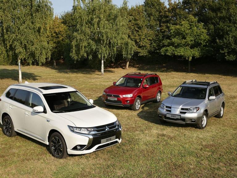 Rodina Mitsubishi Outlander oslavuje 15. výročí